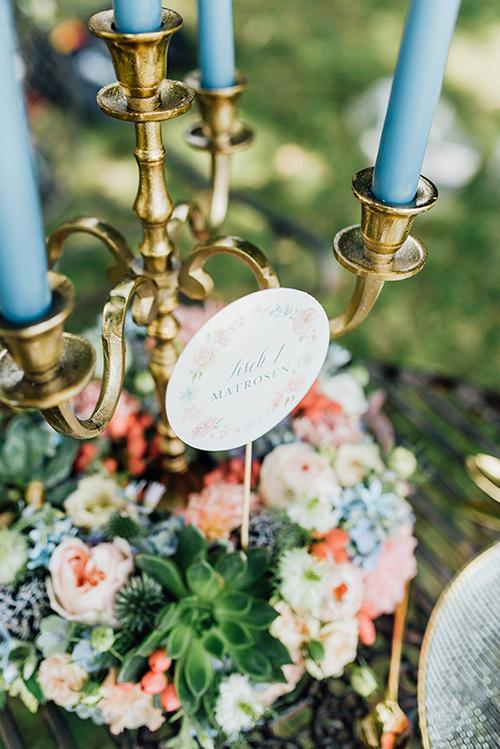 herzanherz herz Save-the-Date aquarelle handgezeichnet Blumendesign gold wedding papeterie Hochzeit Tischnummer