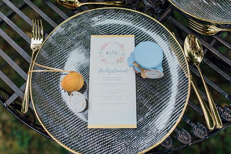 herzanherz herz Save-the-Date aquarelle handgezeichnet Blumendesign gold wedding papeterie Hochzeit Menükarte Gastgeschenk Anhänger