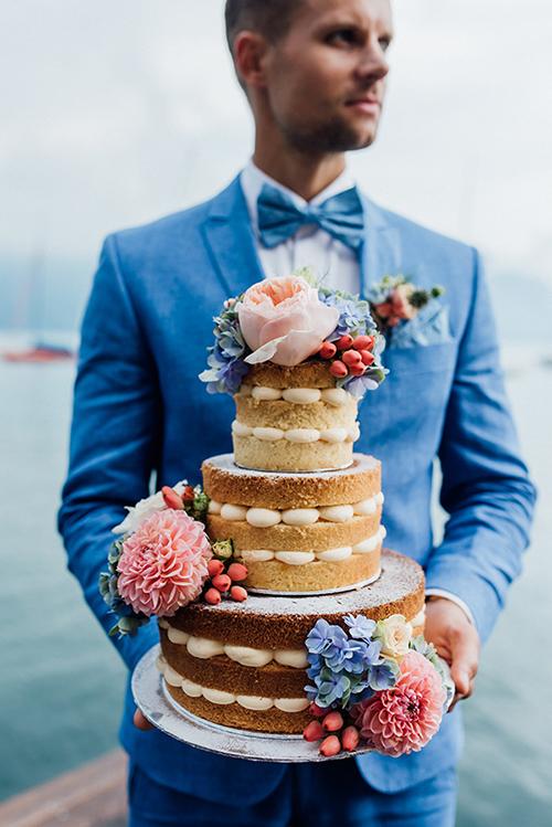 herzanherz herz Save-the-Date aquarelle handgezeichnet Blumendesign gold wedding papeterie Hochzeit hochzeitstorte blumen Bräutigam