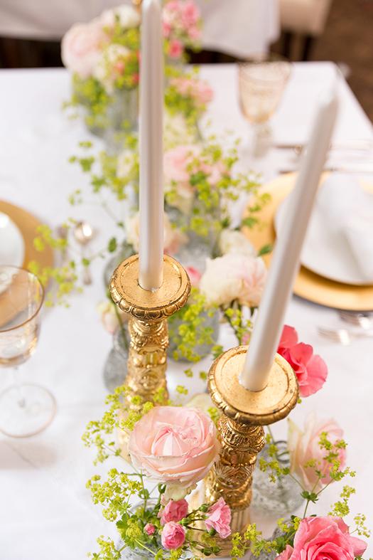 herzanherz herz Hochzeit wedding papeterie hochzeitspapeterie individuell Einladung Einladungskarte Anhänger gold Blumen tischdeko