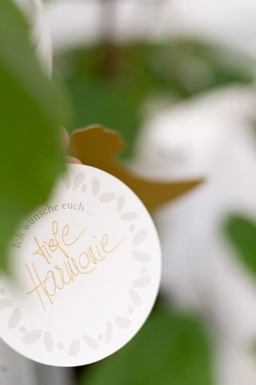 herzanherz herz Hochzeit wedding papeterie hochzeitspapeterie individuell Einladung Einladungskarte Anhänger gold Wunschbaum