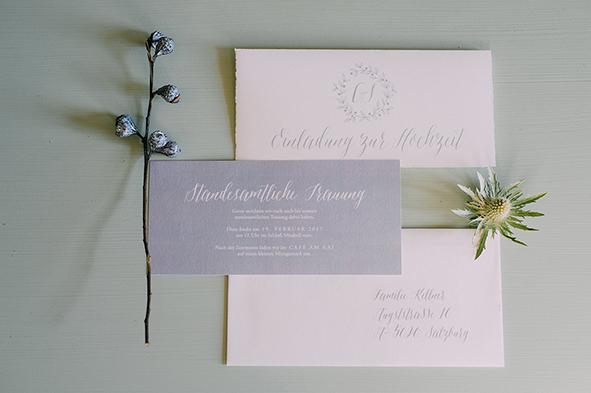 herzanherz herz Hochzeit Leopoldskron Papeterie Büttenpapier grau wedding edel Einladung